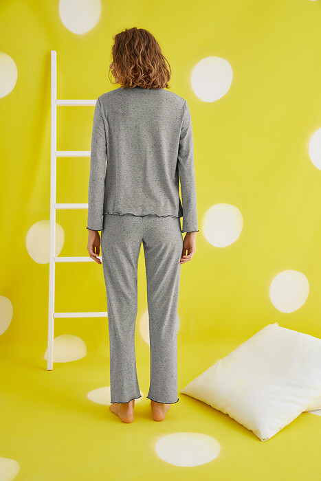 ZEY - 30403 Bayan Pijama Takım (1)