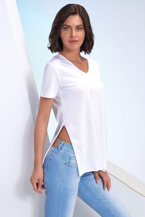 SEVİM - Kadın V Yaka Yırtmaçlı T-Shirt