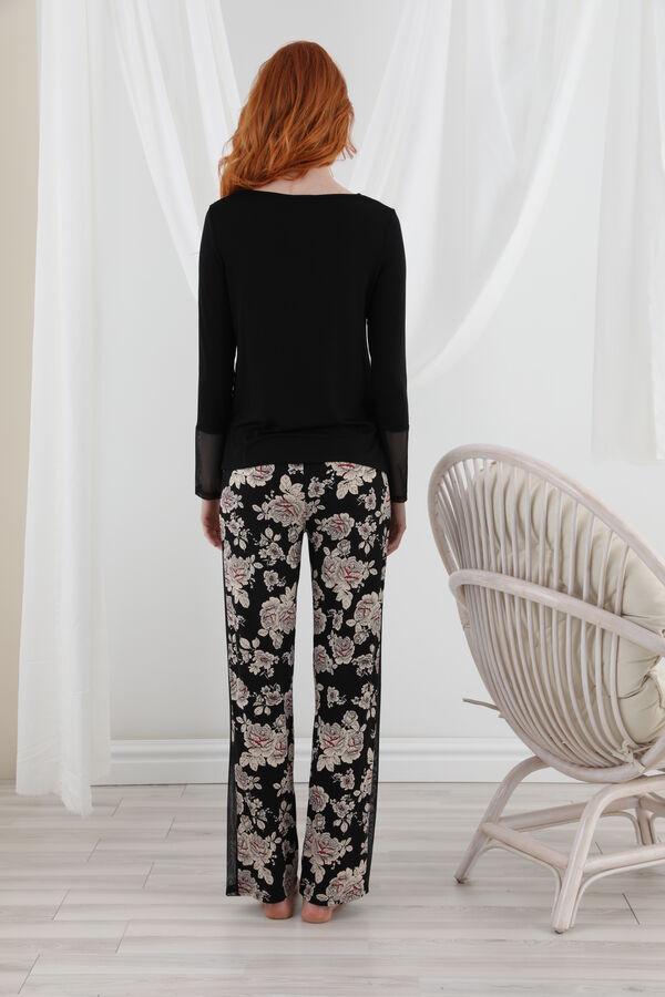 Uzun Kollu Tül Detaylı Pijama Takım